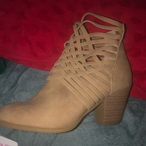 Shoes - Women's size 8.5 booties